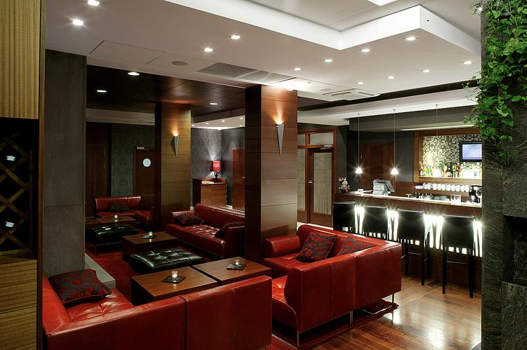 bar w nowoczesnym hotelu - aranżacja wnętrza