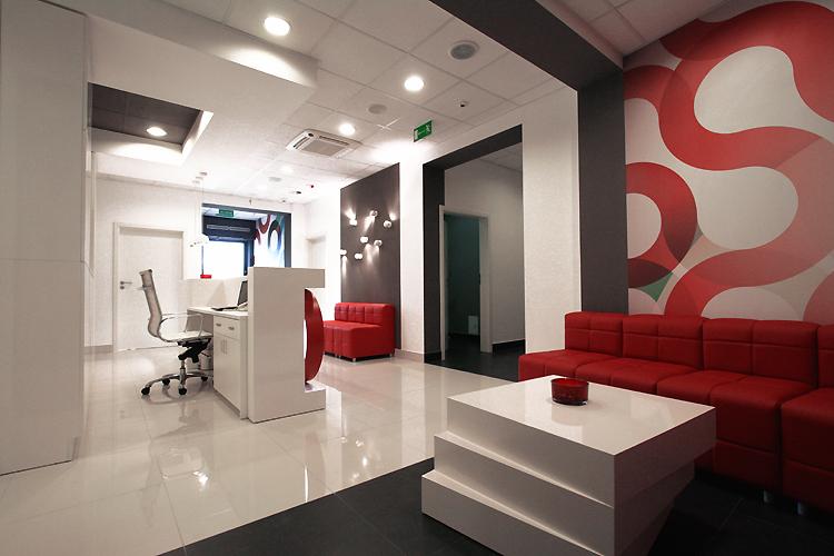 nowoczesne wnętrze gabinetów medycznych - poczekalnia