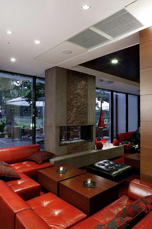 wnętrze nowoczesnego hotelu - lobby bar