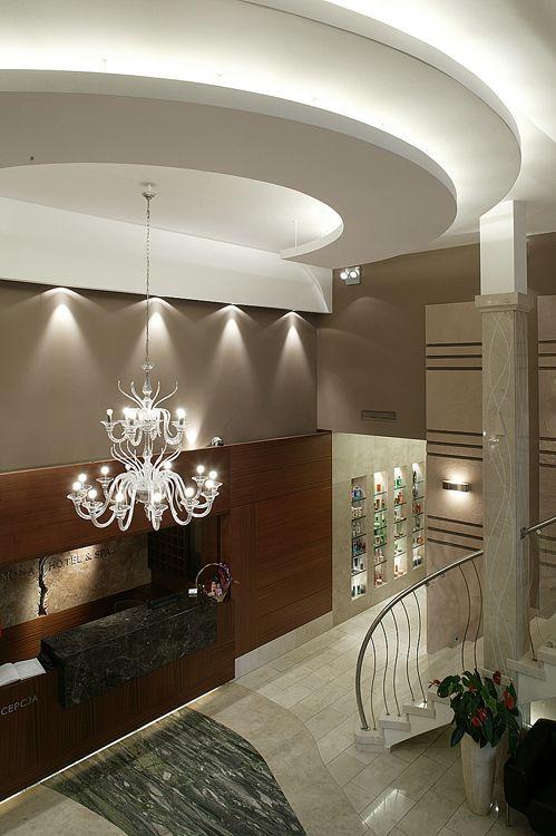 recepcja w nowoczesnym hotelu - projekt wnętrza